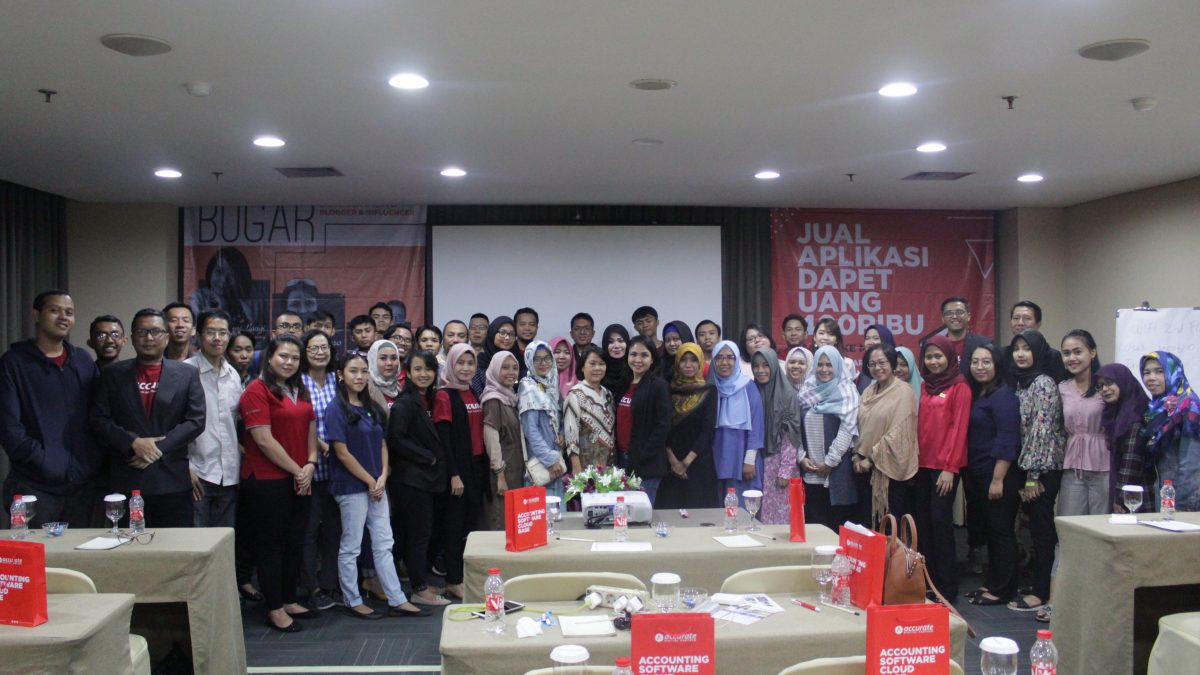 Foto Bareng Blogger & Influencer di Event Bugar Accurate Partners